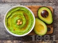 Рецепта Бърза и лесна разядка за арабски питки - хумус с авокадо